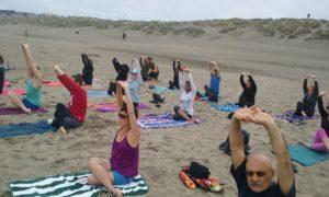 Free Yoga on the beach of San Francisc0