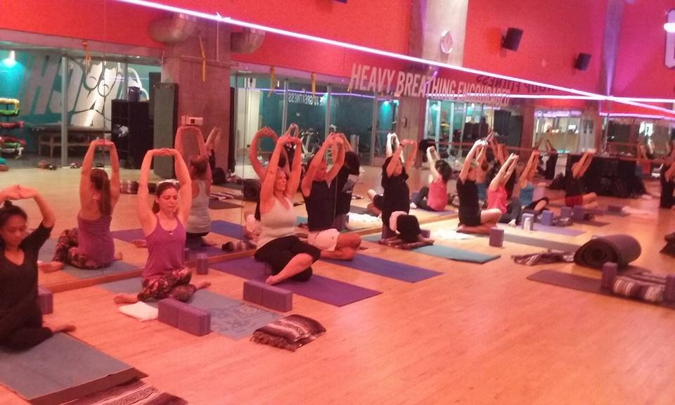 Yoga Class atbCrunch Fitness SF